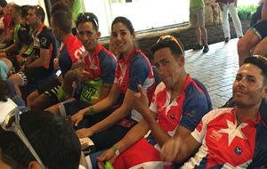 Parte del equipo cubano, durante la reunión informativa con los...