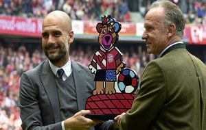 Guardiola junto a Karl-Heinz Rummenigge durante su etapa en el Bayern...