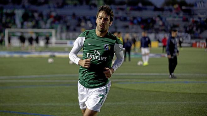 Raúl en su último partido como jugador del New York Cosmos.
