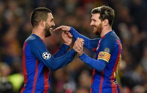 Messi celebrando con Turan