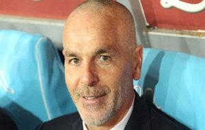 Stefano Pioli, en el banquillo en un partido del Inter.