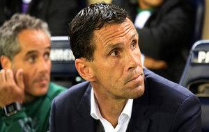 Poyet, en su etapa con el Betis.