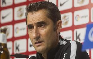 Valverde en una rueda de prensa.