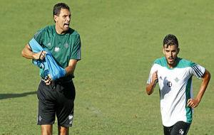 Poyet y Ceballos, en un entrenamiento del Betis.
