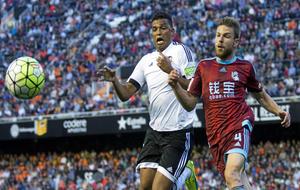 Partido entre la real Sociedad y el Valencia el pasado mes de mayo.