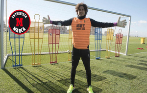 'Memo' Ochoa posa para MARCA en la Ciudad deportiva del...