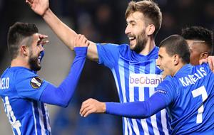 Los jugadores del Genk celebran la victoria ante el Sassuolo