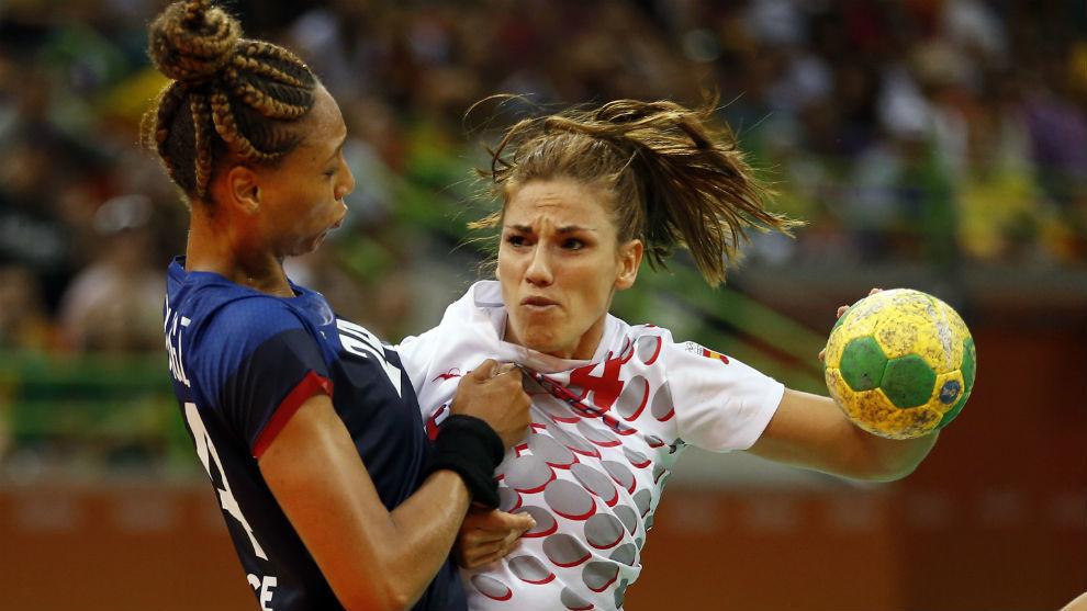 Carmen Martín, en el partido contra Francia de los Juegos de Río.