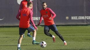 Aleix Vidal, durante un entrenamiento
