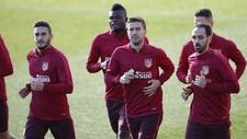 Koke, Gabi y Juanfran durante el entrenamiento en la Ciudad Deportiva...