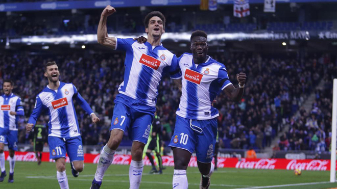 El Espanyol prolonga su buen momento a costa del Sporting