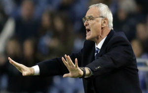Claudio Ranieri, en un partido con el Leicester.