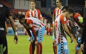 Marcelo Djaló se prepara antes del córner en el que marcó su primer...