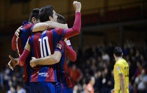 Los jugadores del Levante celebran uno de sus goles ante el Jaén.