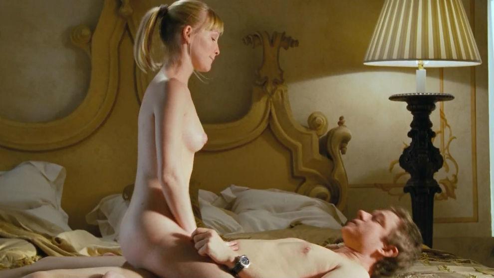 Has joanne samuel ever been nude