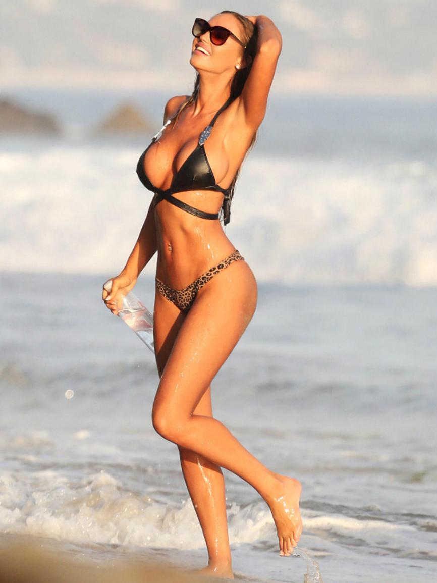 Bikini Charlie Riina nude (32 photos), Sexy, Fappening, Boobs, see through 2020