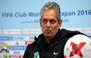 Reinaldo Ruida, durante una rueda de prensa.