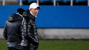 Zidane en el último entrenamiento madridista en Japón