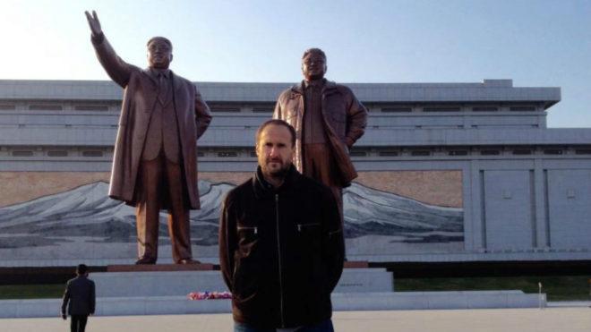 Ricardo González Dávila, en Pyongyang.