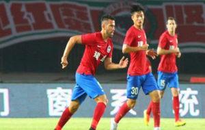 Patiño, con el Henan Jianye.