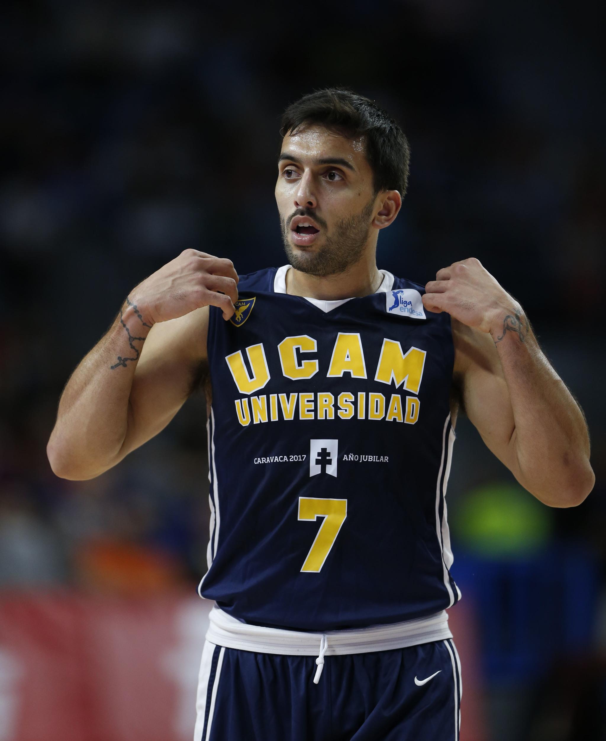 Facundo Campazzo jugando con el UCAM Murcia