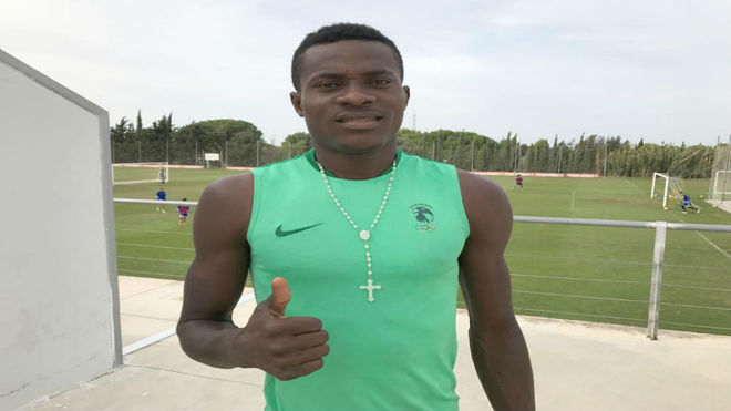 Saturday Erimuya, nigeriano de 18 años fichado para el filial del...