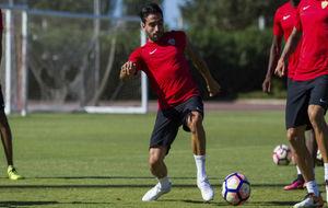 Chuli durante un entrenamiento con el Almería.