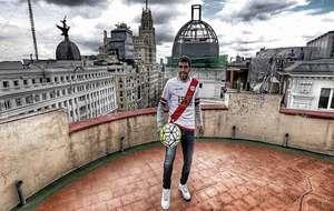 Roberto Trashorras posa para un reportaje de Marca en una azotea de la...