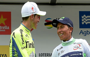 Nairo Quintana, ganador de la Volta 2016, y Alberto Contador, segundo...