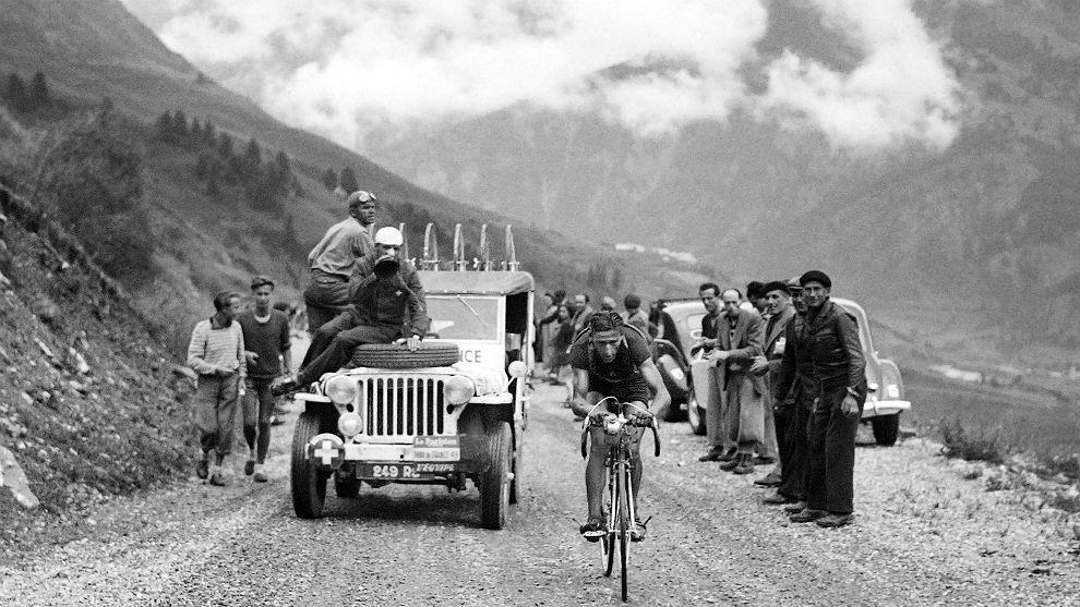 Ferdinand Kübler, escapado en la 16ª etapa del Tour el 18 de julio...