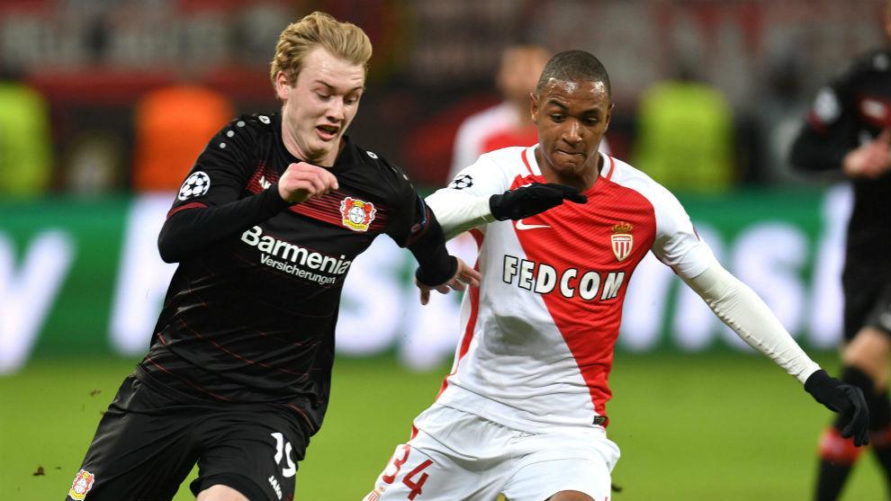Abdou Diallo, a la derecha, en un partido con el Mónaco