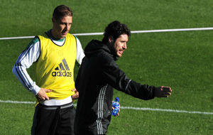 Joaquín (35) y Víctor (40), en un entrenamiento reciente del Betis.