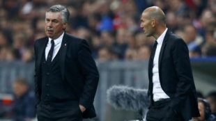 Ancelotti y Zidane durante la etapa del italiano en el Real Madrid.