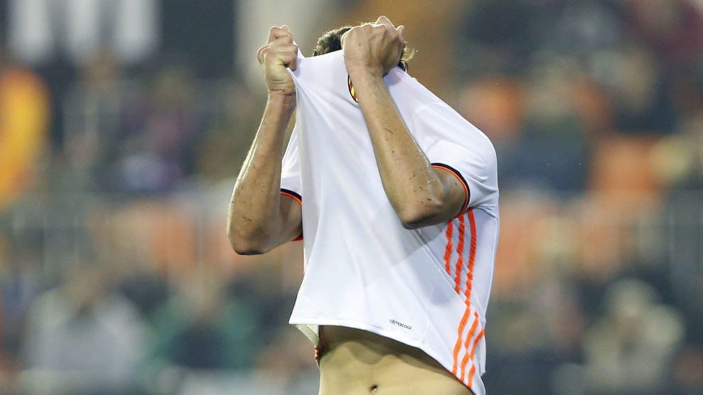 Celta Vigo fan the flames of a Mestalla in uproar - A 4-1 humbling at ...