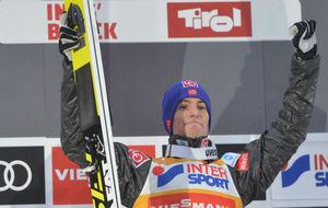 Tande se lleva la tercera etapa de los Cuatro Trampolines en Innsbruck...