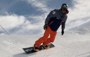 Lucas Eguibar entrenando en Sierra Nevada.