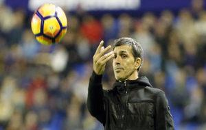 Muñiz, durante un partido con el Levante