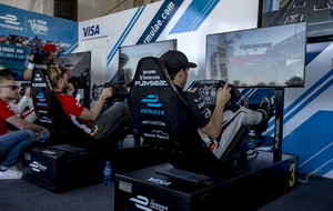 Nick Heidfeld junto a Jerome D'Ambrosio, pilotos de Fórmula E