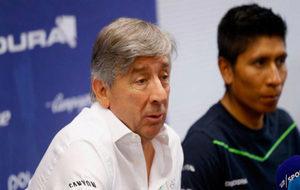 Eusebio Unzué, junto a Nairo Quintana en una imagen de 2016.