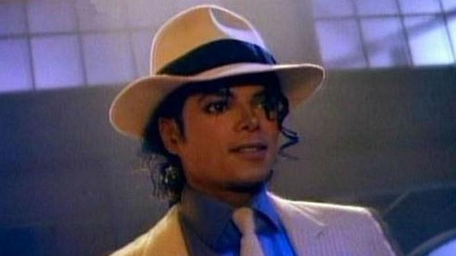 10.000 euros por el sombrero de Michael Jackson en  Smooth Criminal ... 5a770524c3a