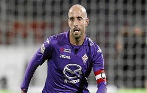 Borja Valero, en un partido con la Fiorentina como capitán