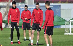 Lenglet este viernes en su primer entrenamiento con el Sevilla.