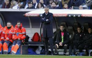 Alcaraz durante el partido en el Bernabéu