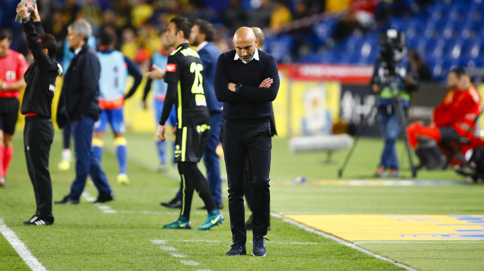 Abelardo durante el partido en el estadio Gran Canaria.