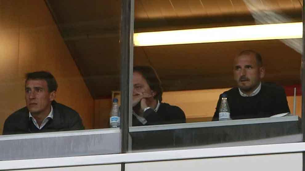 Soriano, sancionado, siguió el partido en una cabina junto a Andrés...