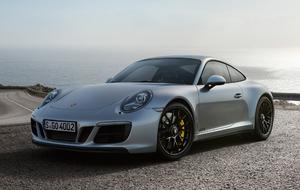 Porsche 911 Carrera 4 GTS 2017