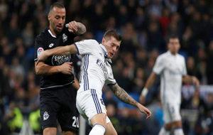 El jugador brasileño en una acción de un partido contra el Real...