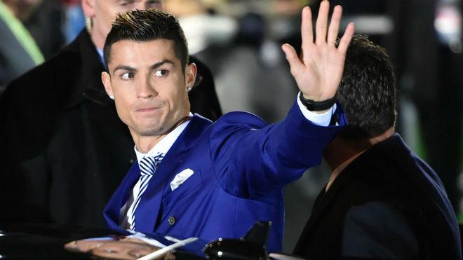 İnyesta zəng edib Realın futbolçularından üzr istədi