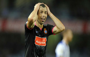 Javi Fuego lamenta una ocasión de gol durante un encuentro.