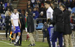José Enrique se retira lesionado en la segunda parte contra el...